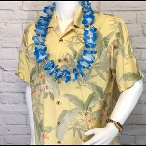 Men's Tommy Bahama Silk Camp shirt size Large🌴